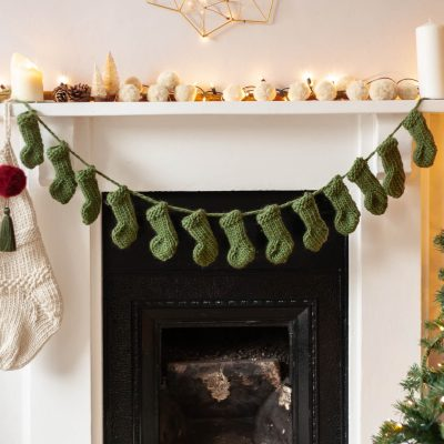 Knit Kit Mini Stocking Garland