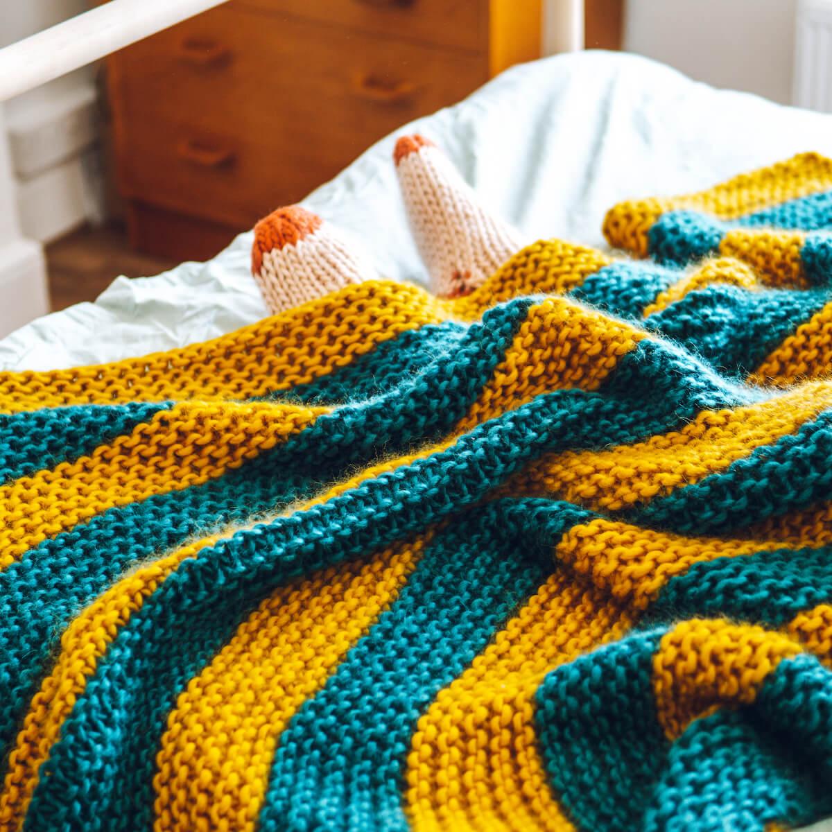 Beginners Blanket Knitting Pattern - Lauren Aston Designs